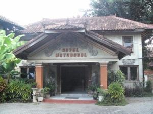 watudodol hotel