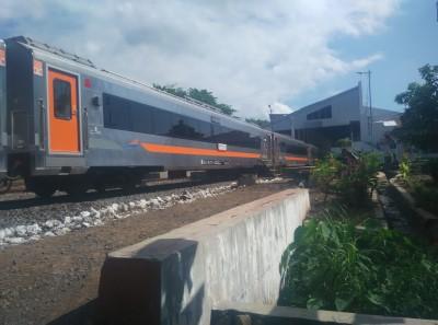 indonesia-train-banyuwangi